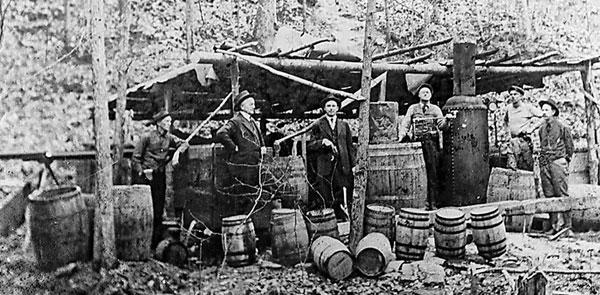 Vente de whisky par les Moonshiners